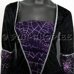 Halloween kostuum - Lier - verkleedkostuums - verkleedkledij volwassenen - griezelen - vampierenbeet - vampire - bloedzuigen
