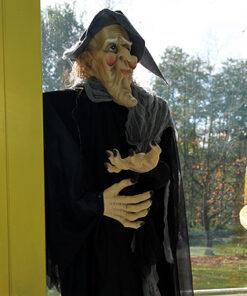 Halloween Decoratie - Lier - staande heks - hekserij - lieve heks - oude vrouw - brouwsel
